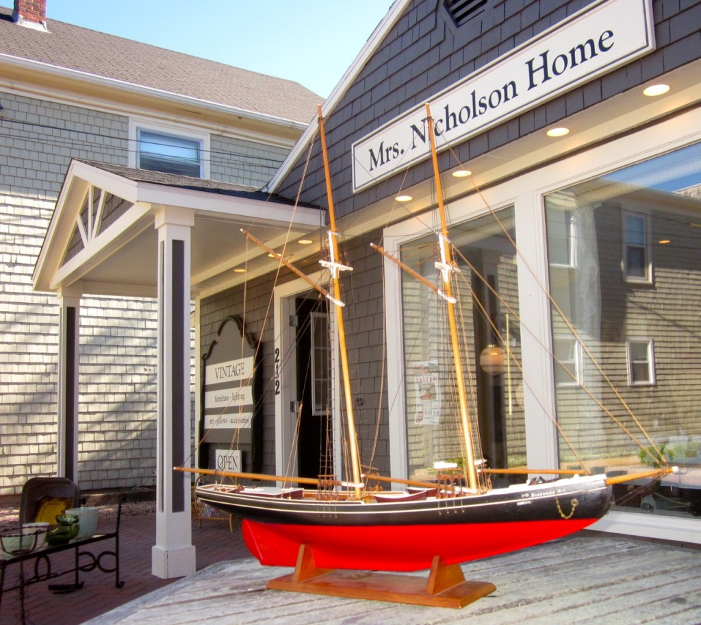 Replica of the Bluenose built by Lucien Leclerc in 1970 ($800).