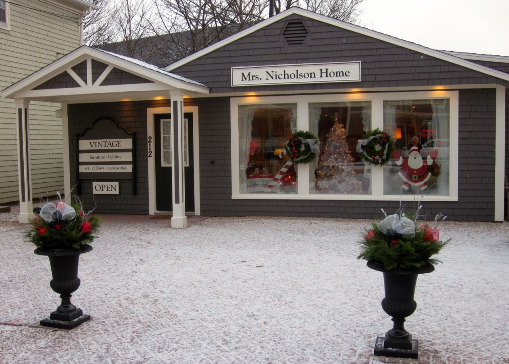 A little snow to add to the festivities!