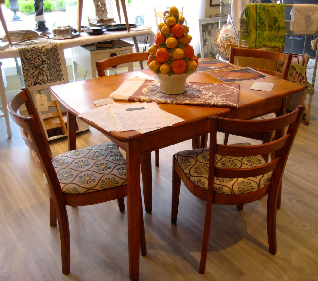 The look of the whole set. $425 (table with leaf and four chairs).