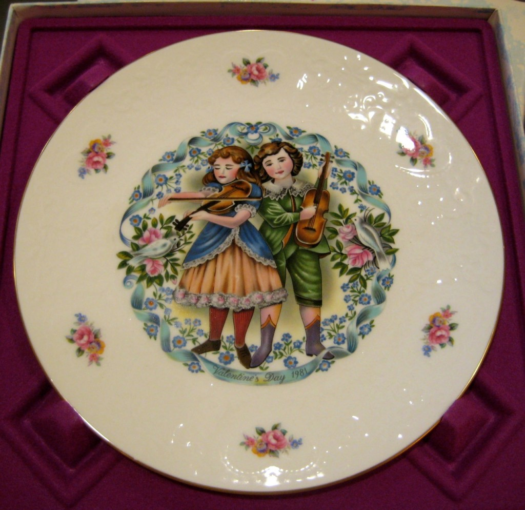 One of ten Royal Doulton Valentine's Day Collector Plates. Beautiful $150 set of ten