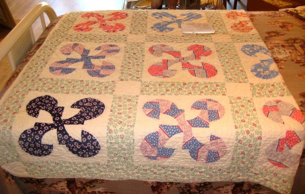 Pinwheel quilt $125